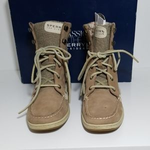 Sperry Hikerfish Greige size 8M
